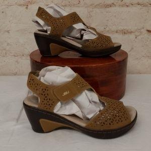 JBU Tan Sandals